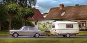 mercedes alter wohnwagen 300x150 - Wie die Camping Leidenschaft begann