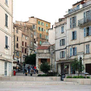 Bonifacio2 350x350 - 10 Tage Geheimnisse: Roadtrip im Zelt durch Korsika  – Teil 2