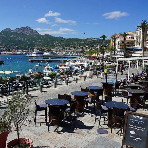 Calvi3 600x600 - 10 Tage Geheimnisse: Roadtrip im Zelt durch Korsika  – Teil 1