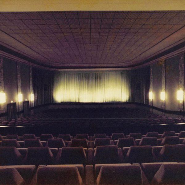 Kino Residenz Moers Seite 10 600x600 - Bye Bye Rummel: Der Wohnwagen der Extraklasse