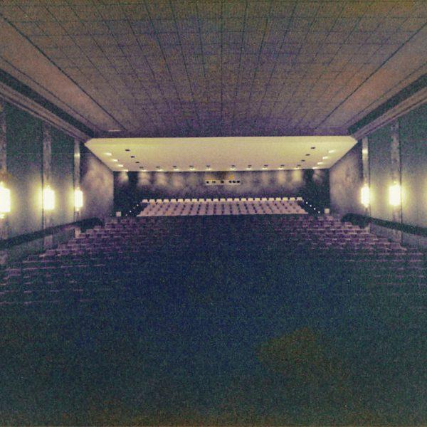 Kino Residenz Moers Seite 14 600x600 - Bye Bye Rummel: Der Wohnwagen der Extraklasse