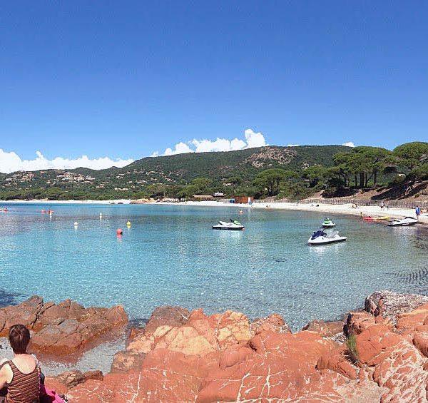 Plage Palombaggia1 600x565 - 10 Tage Geheimnisse: Roadtrip im Zelt durch Korsika  – Teil 2